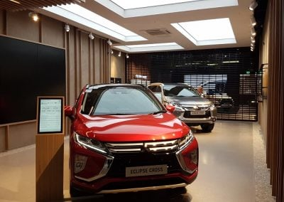 Mitsubishi Showroom Lakeside